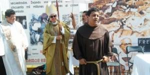 Impide Migración celebrar misa al obispo de Tabasco en el Ceibo