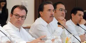 Participan Luis Videgaray y Javier Duarte en el cierre de la Plenaria de Senadores