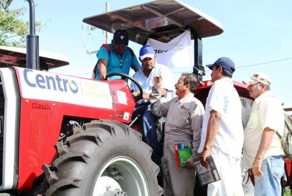 Capacitación Manejo y Operación de Tractores02