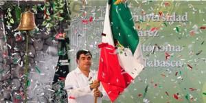 Celebra UJAT Grito de Independencia edición 2014