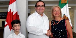 Recibe gobernador Javier Duarte a Embajadora de Canadá y tripulación del buque Marina Real Canadiense