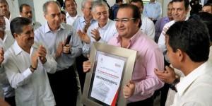 Reconocen Cámara de Diputados y Tenaris-Tamsa a Javier Duarte por su impulso a la industria siderúrgica