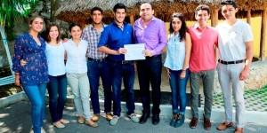 Presentan acciones de desarrollo social a integrantes de Un Millón de Jóvenes por México
