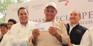 Reciben pescadores de Coatzacoalcos 2.7 millones de pesos en programa de Empleo Temporal