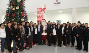 Encienden árbol de Navidad de SSP en Yucatán
