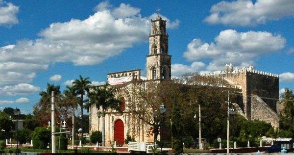 Aniversario de calkini iglesia san luis