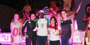 Keniano gana carrera Maya Nocturna de 21 kilómetros