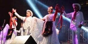Disfruta público veracruzano de fin de semana musical en Plaza de la República
