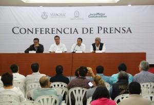 Restablece Gobierno del Estado servicio de agua potable al sur veracruzano