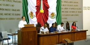 Explica titular de Finanzas a diputados situación económica de Tabasco