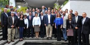 Se reúne gobernador Javier Duarte con delegados federales