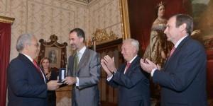 Acompaña Javier Duarte a Felipe VI en entrega de medallas de Honor a españoles