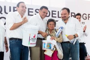 Un pueblo unido puede alcanzar la meta que se proponga: Rolando Zapata Bello