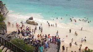 Mantiene Tulum lleno total en playas, cenotes y zona arqueológica