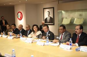 Instala Cesar Camacho comisión temporal revisora de candidaturas plurinominales del PRI