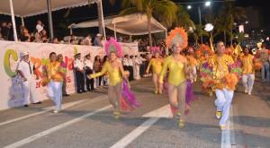 Todo un éxito el segundo Gran Desfile del Carnaval Veracruz 2015