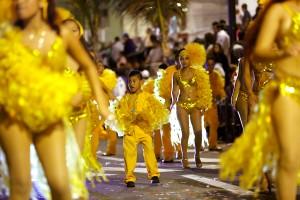 Color y alegría en Primer Gran Desfile del Carnaval Veracruz 2015