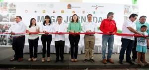 "Inaugura Mariana Zorrilla de Borge II Mega Jornada ""Comprometido Contigo"", en Solidaridad"
