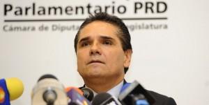 Las renuncias debilitan al PRD: Silvano Aureoles