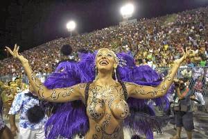 70 millones de condones regalaran en el carnaval de Brasil 2015
