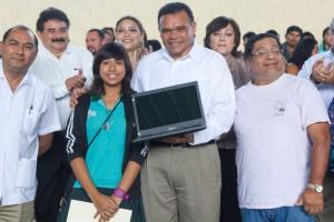 Bienestar Digital contribuye al fortalecimiento del capital humano de Yucatán: Zapata Bello