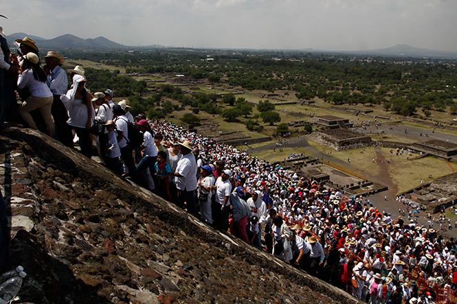 Cargan energia en Teotihuacán