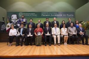 Desde 1978 entrega la UJAT premios Juchimán de Plata