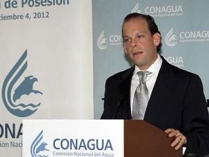David Korenfeld, director de CONAGUA entrega renuncia a Peña Nieto