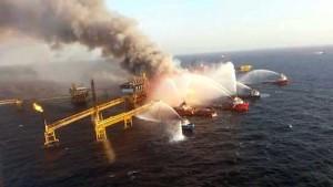 Se previno derrame de hidrocarburo por el incendio en la plataforma Abkatun: Pemex