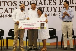 Créditos sociales significan el inicio de un sueño para beneficiarios en Yucatán