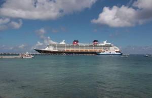Continúan llegando los crucero a Progreso