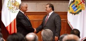 Toma protesta Javier Duarte a Juan Antonio Nemi como titular del Cespver