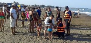 Grupo Marítimo de la Policía Estatal de Veracruz salva a vacacionistas