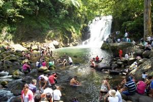 Xico, turistas y familias recargan energía en contacto con la naturaleza