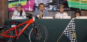 Primer maratón de ciclismo de montaña promueve atractivos del municipio de Apazapan