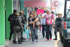 Fuerza Civil y Policía Estatal en Veracruz vigilan zonas comerciales, culturales y turísticas