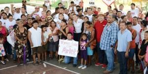 Recibe Arlet apoyo de la Ribera del Río Hondo