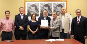 Entrega Gobierno de Veracruz Cuenta Pública 2014 al Congreso local