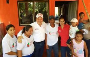 Ingrid y Grabur suman votos en Sargento López para ganar este 7 de junio Comalcalco