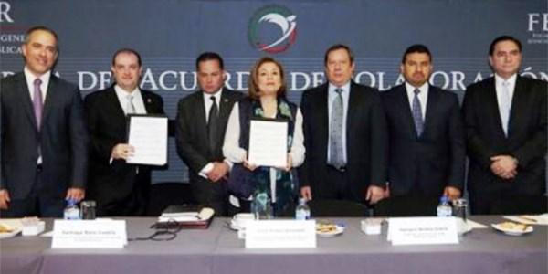 PGR y FEPADE firman convenio