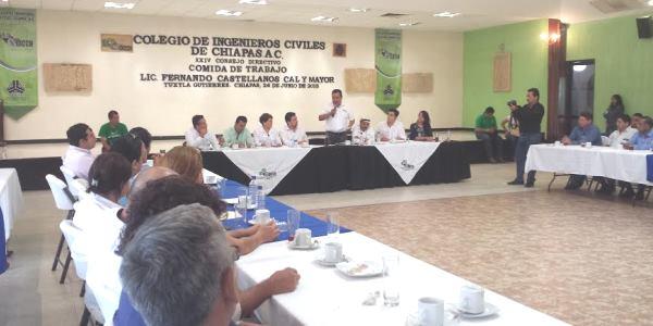 Colegio de Ingenieros Tuxtla con Castellanos