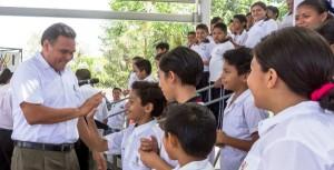 Escuela, eje y centro de la educación en Yucatán