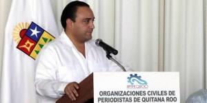 Asiste el gobernador de Quintana Roo a la presentación de Asociaciones de Periodistas