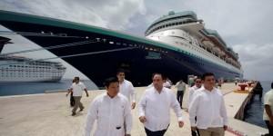 Inaugura el gobernador Roberto Borge, la ruta Caribe Maya de la Naviera Pullmantur
