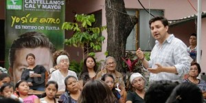 Mujeres tuxtlecas cierran filas a favor de Fernando Castellanos