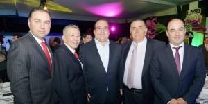Asiste Javier Duarte al festejo por el 90 aniversario de la LMB
