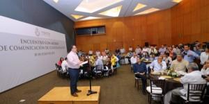 Medios de comunicación, la riqueza de una sociedad unida como la veracruzana: Javier Duarte