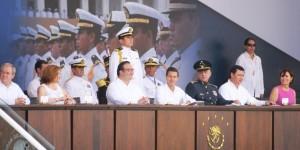 Asiste Javier Duarte a Ceremonia de Graduación de Guardiamarinas en Escuela Naval Militar