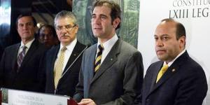 Entrega INE 300 constancias a diputados federales electos