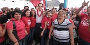 Las mujeres en Chiapas siembran prosperidad: Roberto Albores Gleason